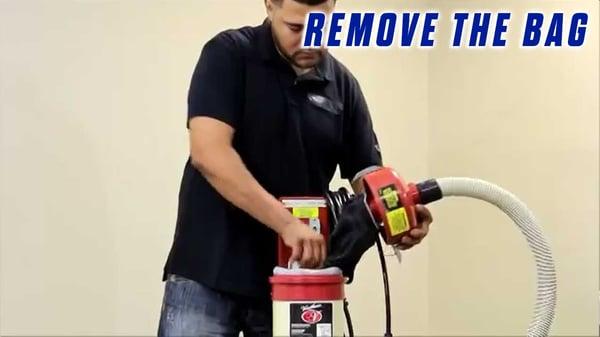 How-to-Empty-an-Onfloor-OF16SEZV-Vacuum-Bag-renive-the-bag
