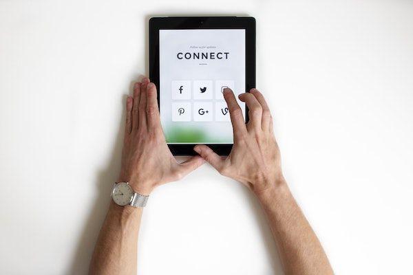 social media marketing - flooring installation company